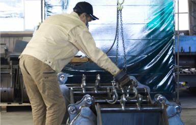 生産予定アタッチメントのスケジューリング・製作予定製品の部材チェック・出荷予定製品の検査